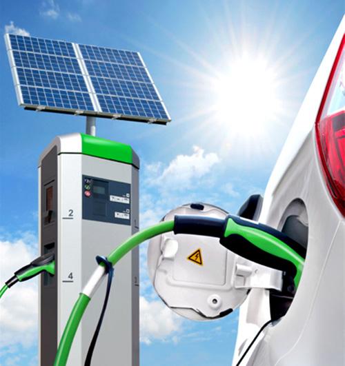 新能源汽车取代传统汽车须突破两大瓶颈