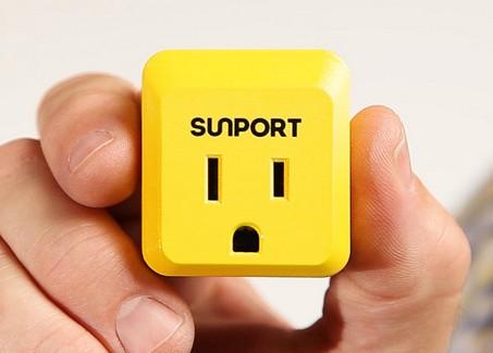 SunPort智能插座(80美元)本身无法通过太阳能发电,但它可间接促进太阳能的推广。SunPort的使用前提是,用户的居住地存在太阳能电网。把SunPort插入电源插座中,再把其他电器插到SunPort上。这时用户使用的电能就是由太阳能转化而成的。