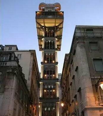 葡萄牙——圣胡斯塔电梯:这部电梯采用新哥特式风格,是当地的一座地标,同时也是20世纪的一个文化符号。