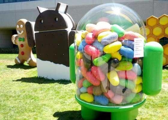 2012年6月发布的Android 4.1(果冻豆)希望凭借改进后的声控搜索和个人助理Google Now与苹果的Siri展开竞争。