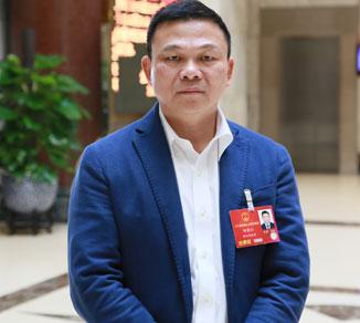 全国人大代表、奥克斯董事长 郑坚江