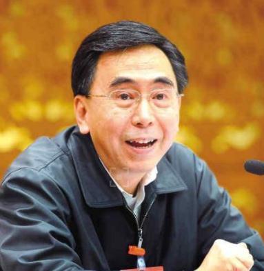 全国人大代表朱小丹:今年取消省级涉企行政事业性收费