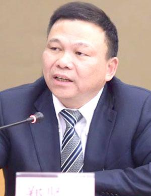 全国人大代表、奥克斯集团董事长郑坚江