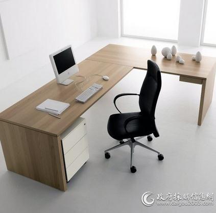 这几款电脑桌设计的共同点在于,设计师都是以人性化设计为主要设计原理,以用户体验度为最佳目标。