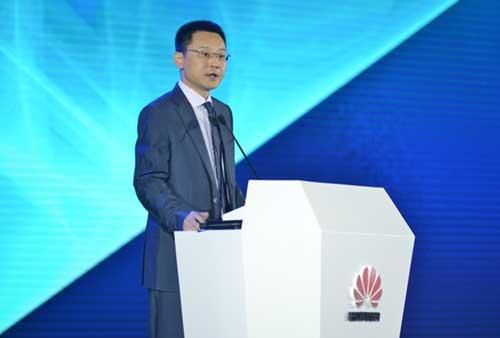 华为企业BG副总裁、全球销售部总裁马悦发表大会致辞