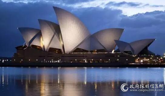 悉尼歌剧院空调品牌约克,由麦克维尔OEM的水冷主机:整个建筑占地1.84公顷,长183米,宽118米,高67米...