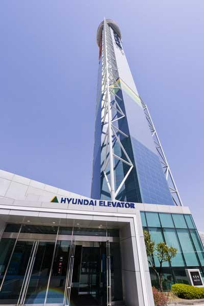 现代电梯:205m