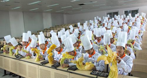 政采资讯 报纸文章       截至今年6月,青海省西宁市政府采购中心