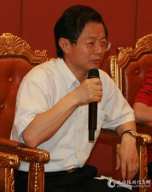 江苏省财政厅政府采购管理处副处长欧国平