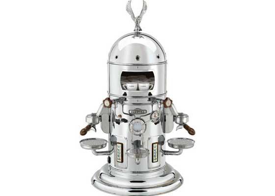 "26. Elektra Belle Epoque浓缩咖啡机(1.8万美元)    如果要给客人煮咖啡,那当然要提供上好的咖啡。又或者,至少是""出身高贵""的咖啡--比如是从这一款精致的浓缩咖啡机煮出来的。该款售价1.8万美元(约合11.8万人民币)以上的咖啡机的功能服务要远远超过人们的预期,它提供暖杯服务、冲泡压力测量和多方向蒸汽管,带有漂亮的镀铬。"