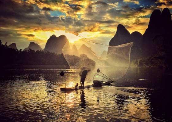 中国重庆业余摄影师王永梅(Yongmei Wang)抓拍的照片。她是重庆西南大学的英语教师,自从2012年购买单反相机后,就对摄影痴迷不已。她用大部分业余时间学习如何摄影。