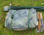 八月,随着军校开学的临近,训练场上也变得热闹起来。近日,国防科技大学新兵训练旅组织全体新训班长开展集中强化训练,让我们跟着新训班长来学习如何搭建军用帐篷。