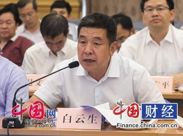 中国2015财政支出结构