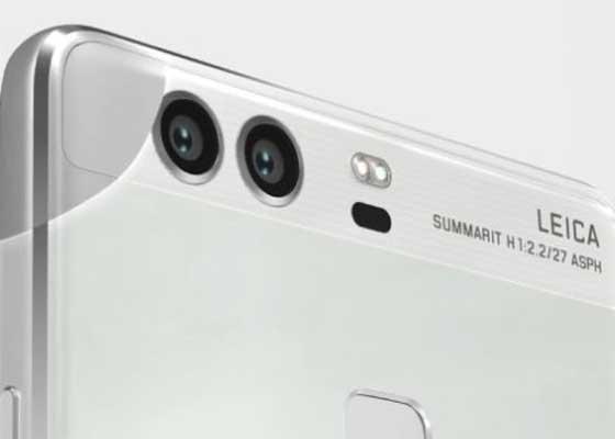"""拍摄质量更高的照片    用智能手机拍摄照片将经历一场质量革命,顶级智能手机将会在背面增加第二个摄像头。新增加的后置摄像头将帮助用户拍出更清晰的照片,而且不会增加手机太多成本。""""拼接""""两幅照片,将大大提高照片质量。双摄像头手机(比如华为P9)在光线较暗的情况下可以拍出更好的照片,利用变焦和广角图像可以拍摄更清晰照片。因为它允许进入的光是此前手机镜头的3倍,结果会产生单反镜头效果的照片。"""