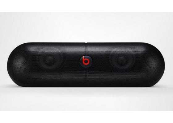 苹果召回Beats Pill XL扬声器    苹果Beats Pill XL扬声器被召回同样也是因为电池问题,它会引起机身过热并引发火灾。随后苹果在2015年召回了问题产品,并向用户提供325美元退款。2014年5月份,苹果斥资30亿美元收购Beats。
