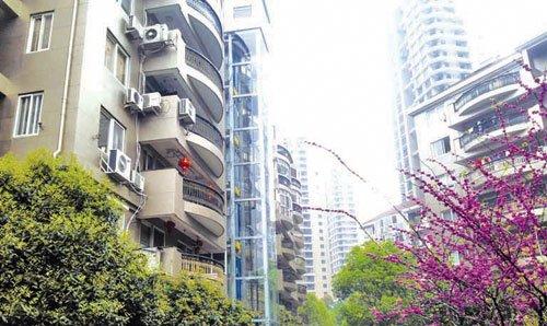 南京:无物管老小区居民自管电梯获认可