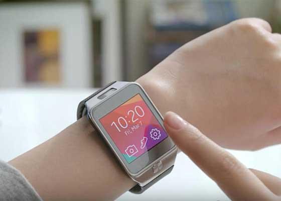 三星smartwatches(2014)    三星smartwatches上榜的原因很简单,因为没人买它们。三星smartwatches的失利,再加上当时三星手机业务的不景气,直接促使三星在2014年的利润下滑了60%。