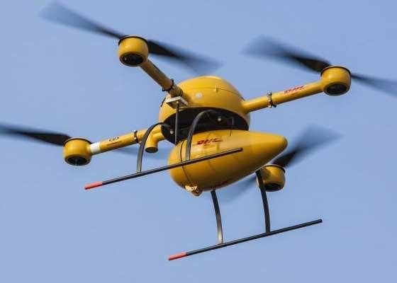 物流公司DHL:递送无人机    在亚马逊之前,物流公司DHL就已经开始研究无人机递送服务,它甚至曾利用无人机和降落伞向位于德国一个小岛上的制药公司递送包裹。2016年6月份,DHL对其自动无人机递送系统Parcelcopter完成了为期3个月的测试。Parcelcopter在不同的天气条件下共完成130次自动装卸程序。