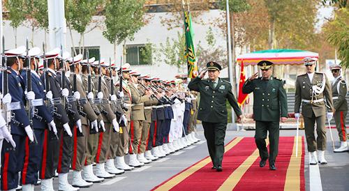 常万全与伊朗国防部长举行会谈