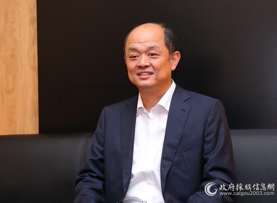 福建奔驰汽车有限公司执行副总裁符磊