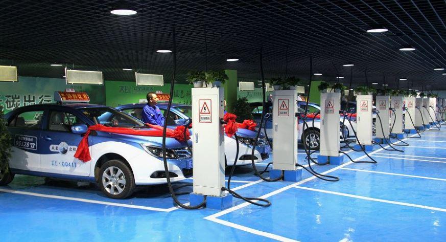 海南海口:试点五年 纯电动出租车近半停驶