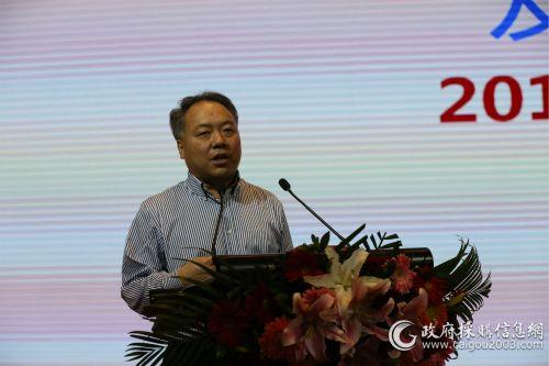 中国公路学会客车分会副秘书长佘振清做客车形势分析