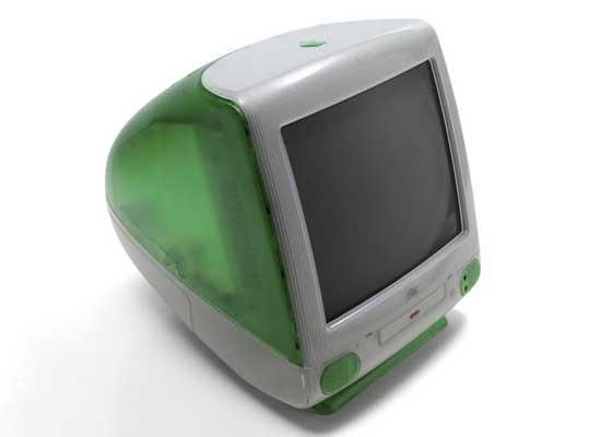 iMac G3    当这些色彩鲜艳的苹果电脑上市时,你时髦朋友的文件突然与其他已有电脑完全不再兼容。