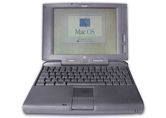 Macintosh Powerbook 5300    在1996年好莱坞大片《独立日》中,这种笔记本电脑曾从外星人手中拯救了地球。我们现在依然不知道杰夫·戈德布鲁姆(Jeff Goldblum)如何连接到外星人母船,并将病毒传过去的。因为当时这艘飞船可能没有兼容的线缆,802.11无线互联网协议的首个版本直到1997年才公布。