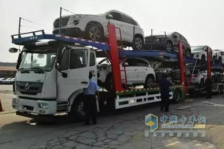 中国重汽首批50辆中置轴轿运车即将投运