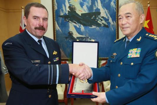 马晓天会见澳大利亚皇家空军司令