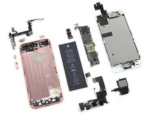 iPhone SE:6 分