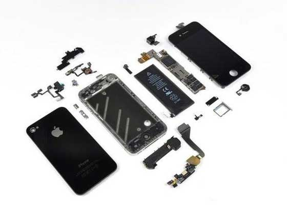 iPhone 4:6 分