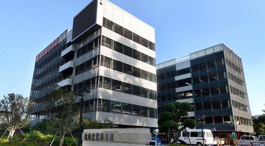 福州:政府部门增加停放车位 企业着手加强管理服务