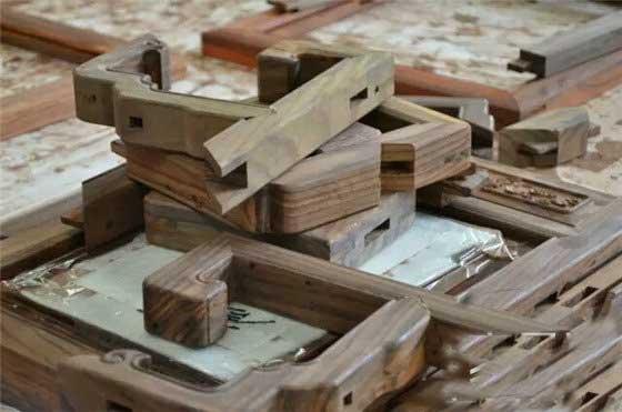 """滥""""木""""充数的红木家具"""