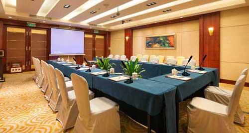 北京市顺义区行政中心会议系统采购项目居首