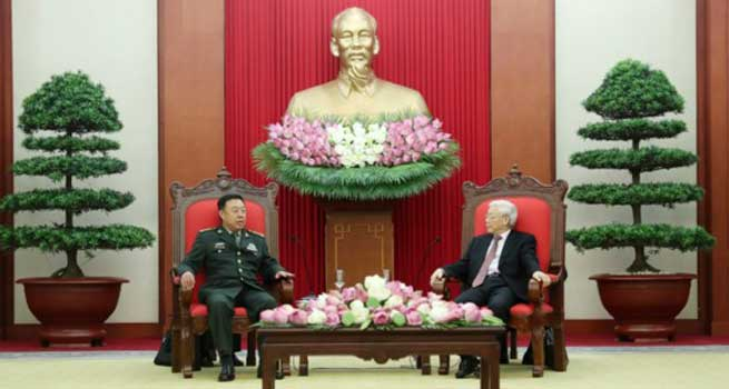 中央军委副主席范长龙访问越南