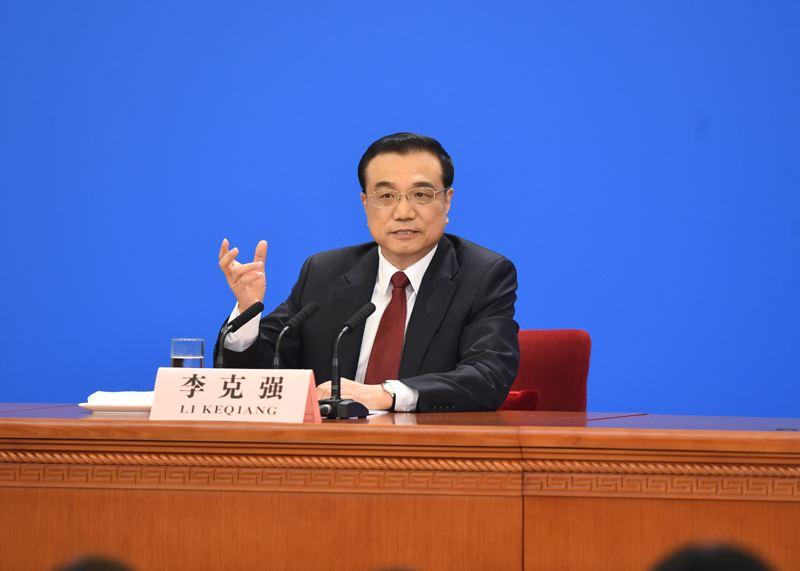 李克强:加大分享经济产品和服务的政府采购力度