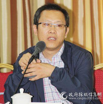 北京家具行业协会会长何法涧