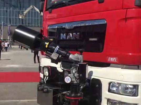 十七届中国国际消防展之双向驾驶隧道消防车
