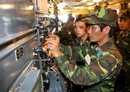 我军武器装备采购开始实行招标委托代理制度