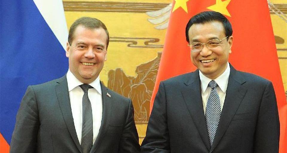 李克强将同梅德韦杰夫举行中俄总理第22次定期会晤
