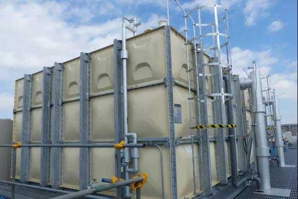 图12:KDDI数据中心的蓄冷水箱