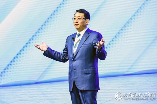 广汽集团总经理、广汽乘用车董事长冯兴亚致辞