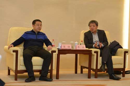 杭州宏杉科技股份有限公司总裁李治和天津飞腾信息技术有限公司首席顾问窦强接受采访