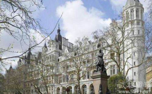 英建筑业巨头破产 内阁紧急讨论应对