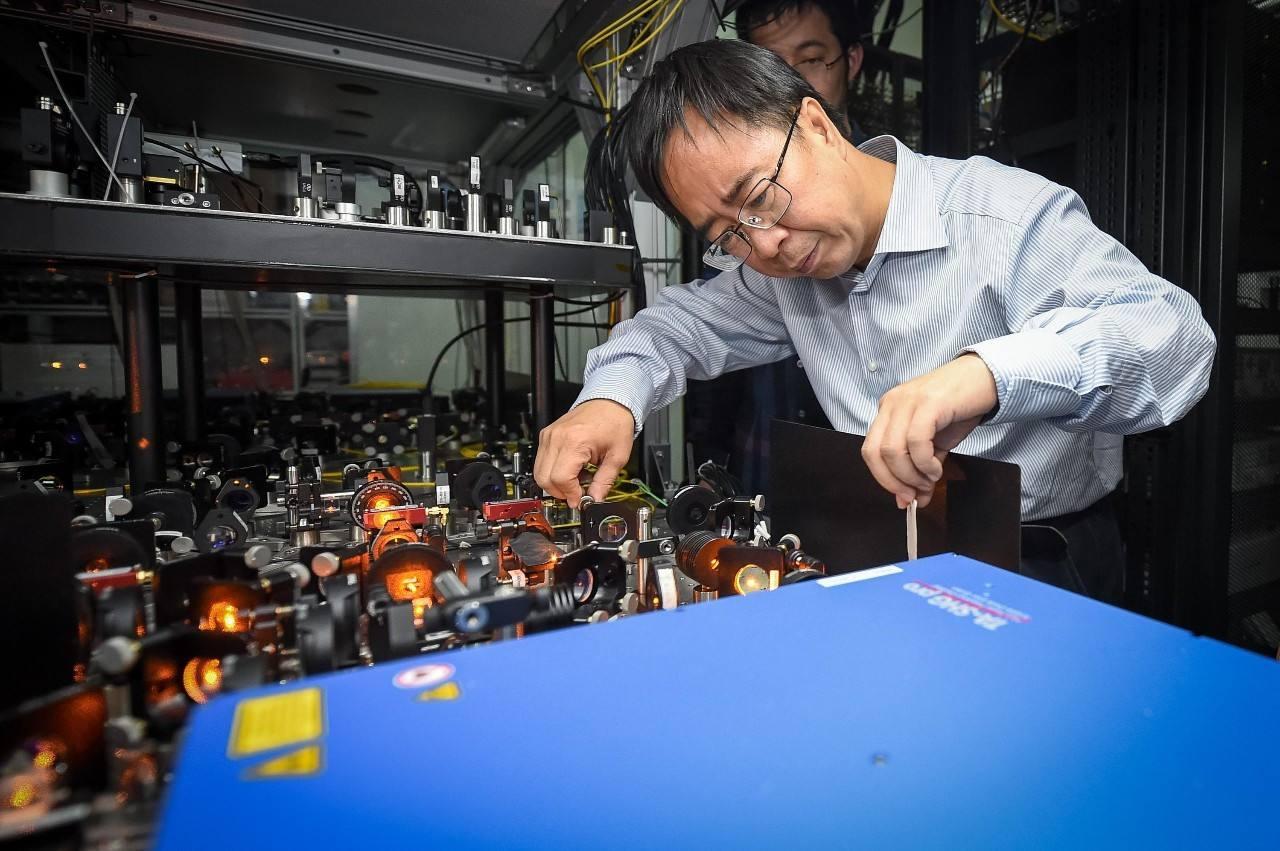 潘建伟 量子信息科技发展与生活息息相关