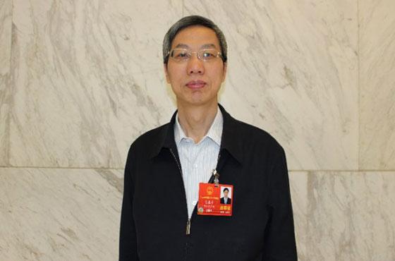 [两会厅长访谈]陈春平:三措并举 推进政采放管服改革