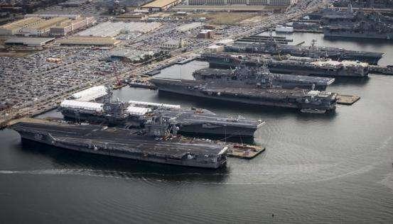 """美欲同时采购两艘""""福特""""级航母为哪般?"""