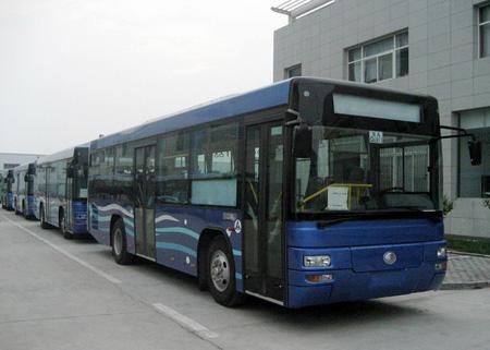 低地板公交车.jpg
