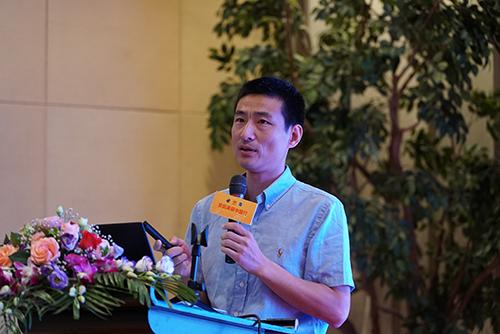 交通运输部科学研究院正高级工程师熊燕舞带来校车安全与运营方面的分享.JPG